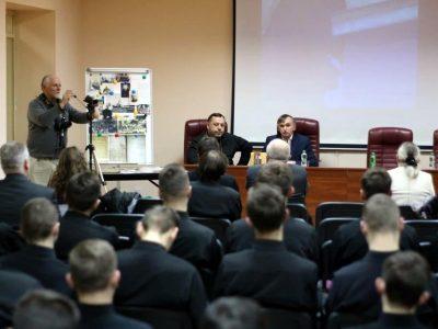 Презентація фільму і книги про Опришівці в Івано-Франківській академії Івана Золотоустого