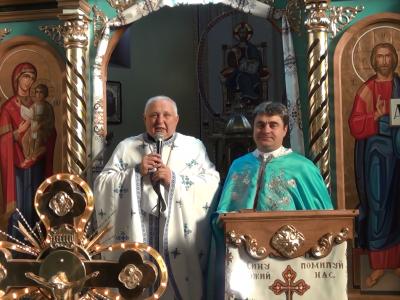 Свята Літургія якою відзначили 35-ту річницю священичих свячень митрофорного протоієрея о.Івана Репели.